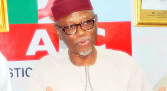 APC Crisis: Oyegun Warns; Beg For Buhari's Intervention To Save The Party From Collapse